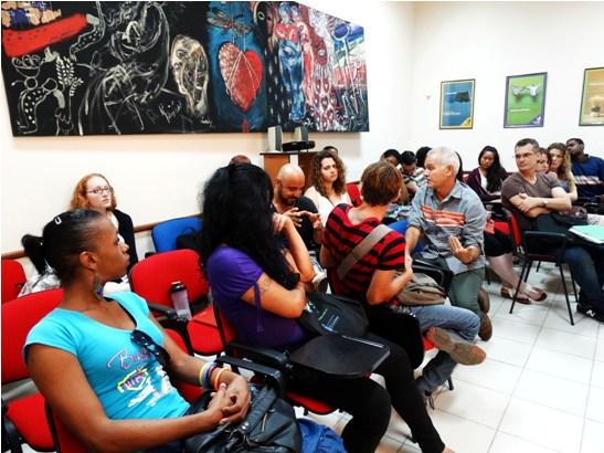 Un grupo de estudiantes de la Montclair State University, de New Jersey, visitó el Centro Nacional de Educación Sexual este jueves. Durante la estancia en la institución intercambiaron con promotoras de la red social comunitaria TransCuba.
