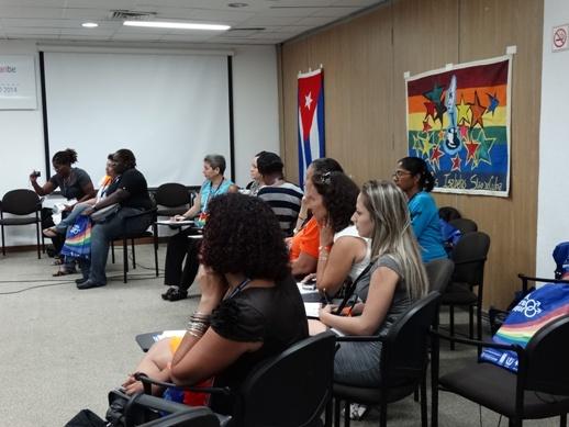 Las mujeres lesbianas y bisexuales defendieron la importancia de crear un espacio de intercambio de mujeres lesbianas de la región al menos una vez al año.