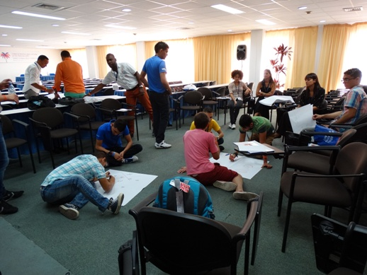 Juventud Latinoamericana y participación, actualidad y desafíos fue uno de los temas aborados por el grupo de jóvenes. Uno de los ejemplos del panorama cubano es el proyecto Amor a segunda vista, surgido en la Universidad de Ciencias Informáticas (UCI).